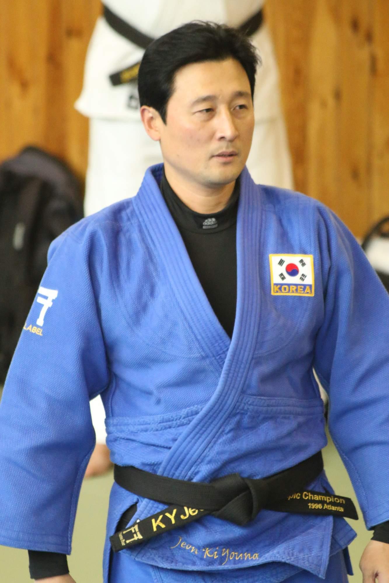 Олимпийские чемпионы по дзюдо. Южная Корея Jeon Ki-young.